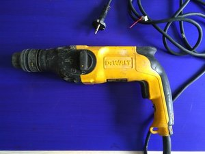 How to Dewalt Rotary Drill D25104 type 2
