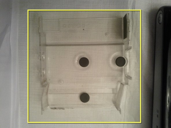 Image 2/2: Plastic tray once removed.