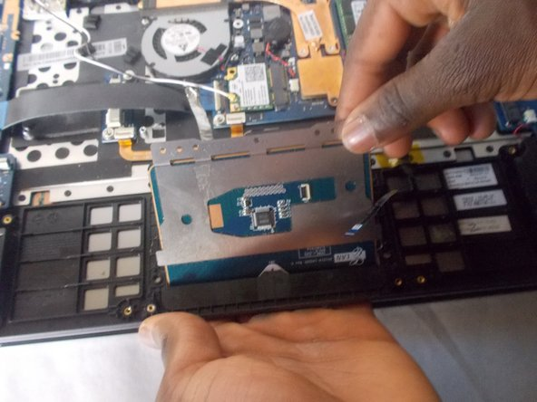 Samsung ATIV Book 7 NP740U3E-K01UB Track Pad Replacement