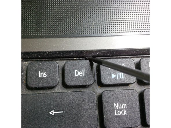 note that if you have to replace the keyboard you don't have to remove any screws , just follow these instructions.