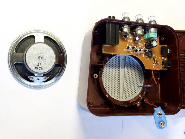 Image 2/2: Note: The black wire has already been removed in this example image.