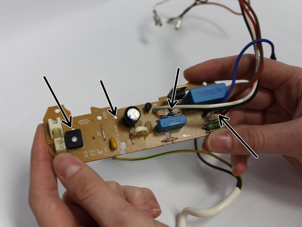 Remove the snap-fits of the PCB, so the plate and the PCB can be disconnected. Use a flathead screwdriver for punching and sculling.
