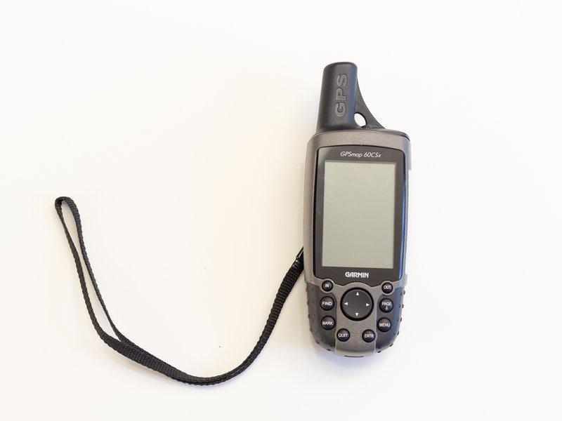 Garmin GPSmap 60CSx Repair - iFixit on garmin nuvi, garmin 530hcx, garmin colorado 300, garmin gvn 52,