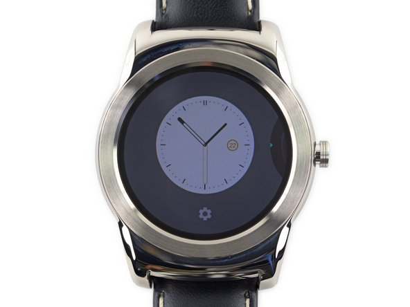While the Urbane eliminated a handful of face options included in the LG G Watch, this timepiece introduces plenty of faces to choose from.