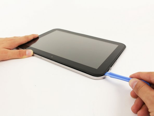 Make sure you unclip all of the clips on the back panel, or pulling it off will be difficult and may damage the tablet.