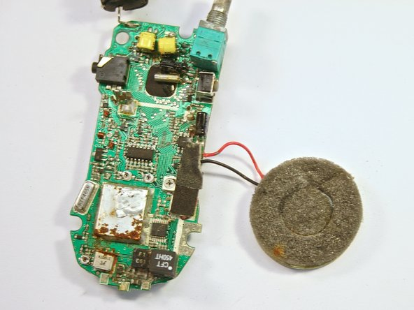 After pulling the circuit board away from the backplate, the result should be as shown in the picture.