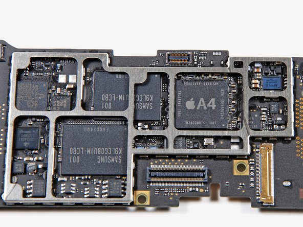 Image 1/2: The manufacturer of the memory has switched from Toshiba on the FCC teardown to Samsung on this device.