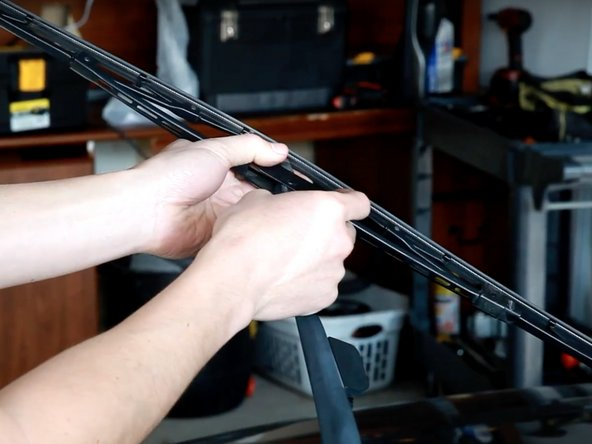 2003-2007 Honda Accord Wiper Blade Replacement