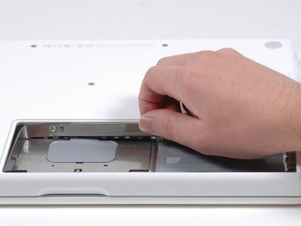 MacBook Core 2 Duo RAM cover replacement