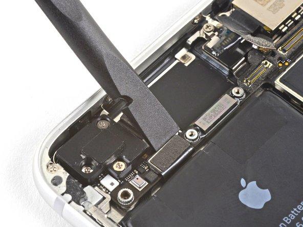 iPhone 8 Logic Board Connectors