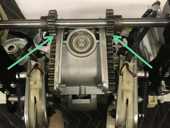By spinning this belt will move the 3D gears to the furthest position.