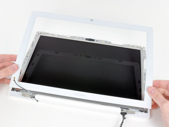 MacBook Core 2 Duo Front Display Bezel Replacement