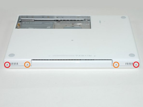 Image 1/1: The longer screws go on the inside, shorter screws on the outside.