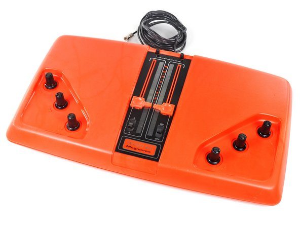 The Magnavox Odyssey 100 was nothing short of awesome (for 1975):