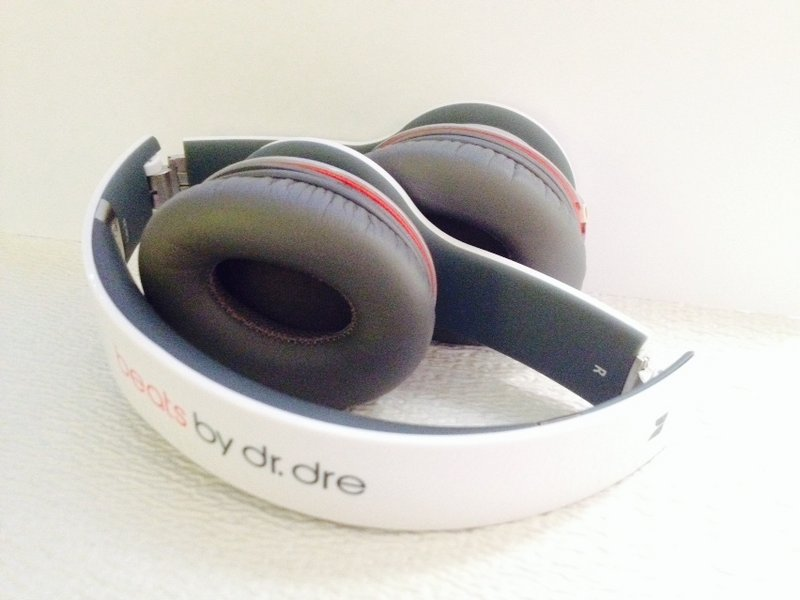 Solved Ear Pad Leather Slowly Coming Off Beats Solo Hd Ifixit