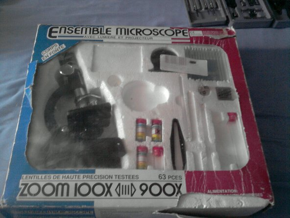 The microscope package (that's right, some items were lost and the box suffered)
