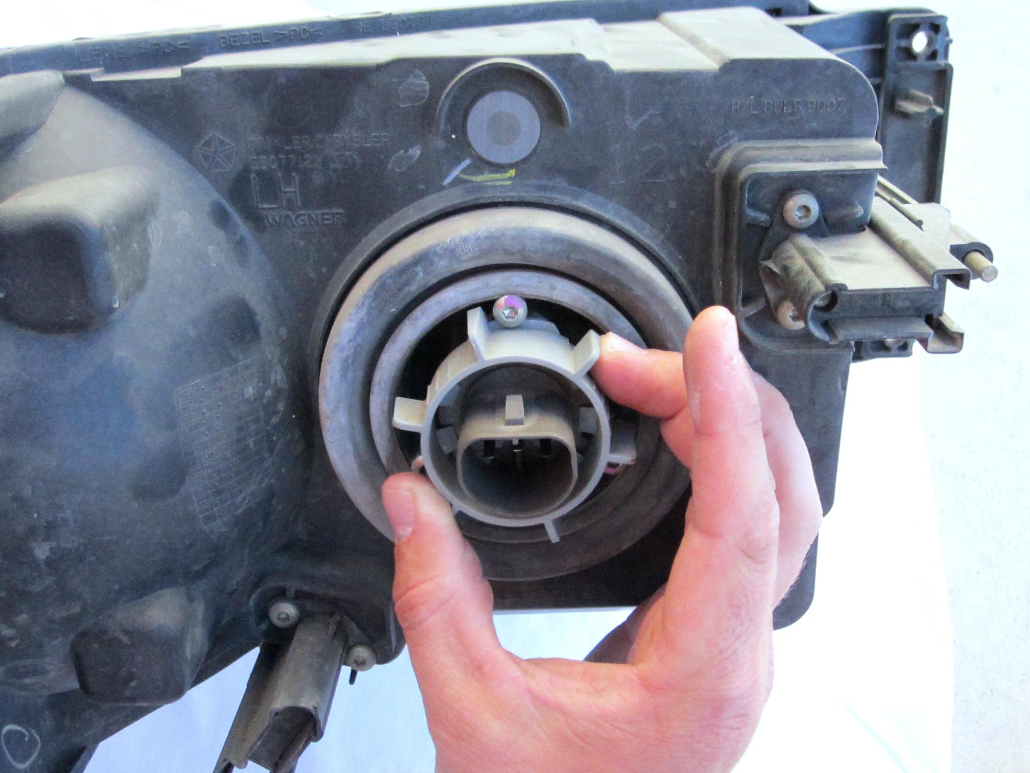 2002 2008 Dodge Ram Repair 2003 2004 2005 2006 2007 1500 V6 Fuel Filter Location Headlight Bulb
