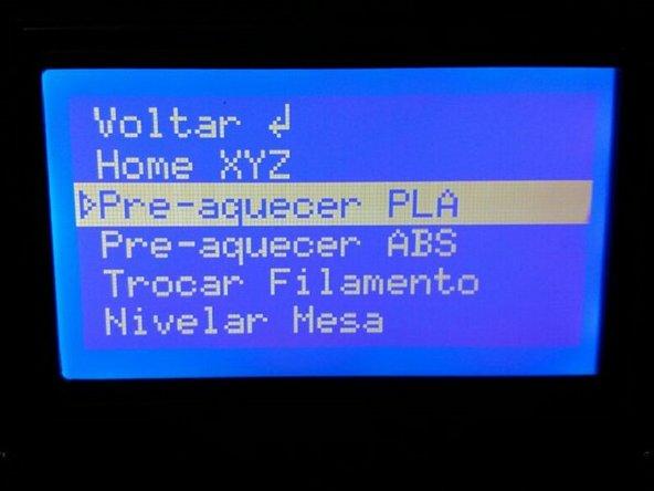 """Selecione a opção """"Pré-aquecer PLA"""" no menu de configurações rápidas."""
