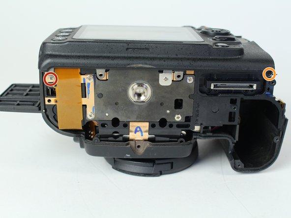 Image 1/1: One 6 mm J000 screw.