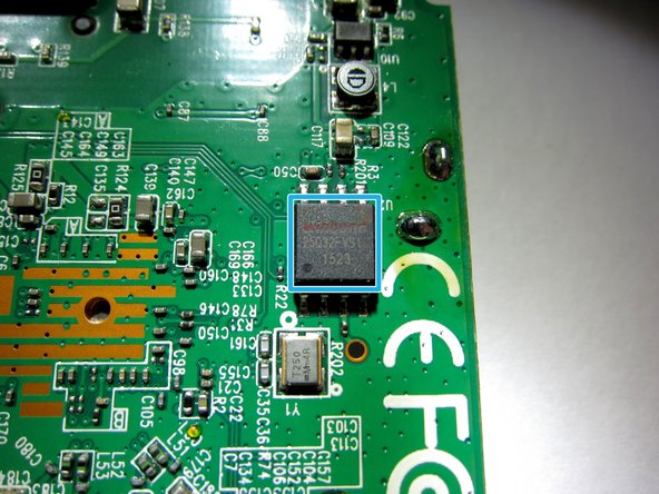 Image 3/3: Windond 25Q32FVS1 SOIC Flash chip with 8 MB