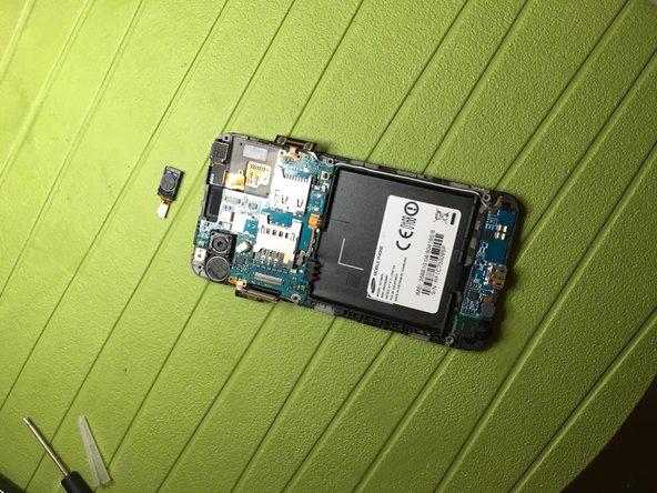 Rimuovere speaker anteriore