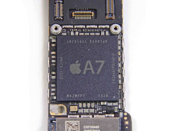 Image 2/2: The A7 is the first use of a 64-bit processor in a smartphone. Based on [http://anandtech.com/show/7335/the-iphone-5s-review/2|AnandTech's review], it seems that the bulk of the A7's performance gains do not come from any advantages inherent to a 64-bit architecture, but rather from the switch from the outdated ARMv7 instruction set to the newly-designed [http://www.arm.com/files/downloads/ARMv8_white_paper_v5.pdf|ARMv8].