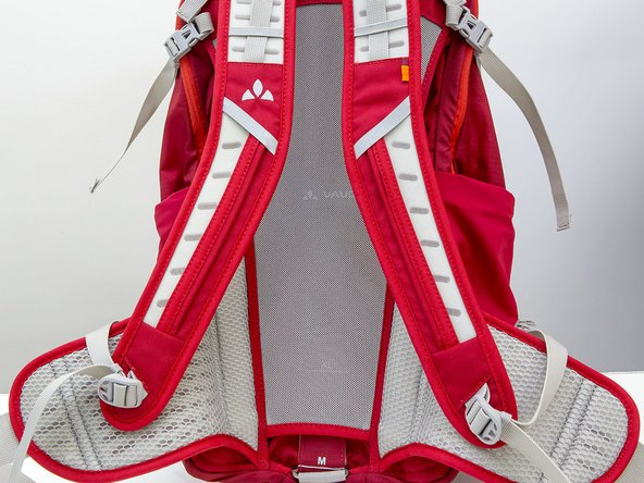 How do I replace a sternum strap with a hydration tube holder on my backpack?