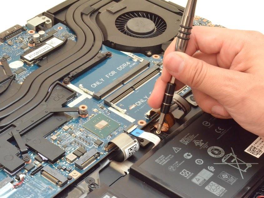 Alienware 17 R4 Repair - iFixit