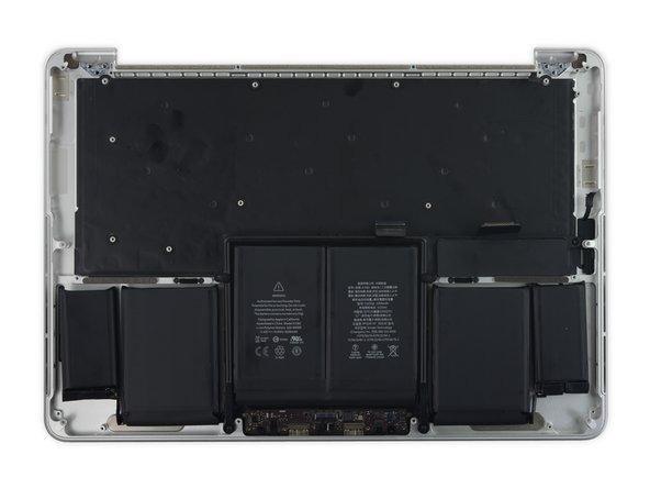 如果你购买的配件包括了触控板、电池或者其他部件。则无需把每一个部件都拆下来,后续过程中的有些步骤可以跳过。