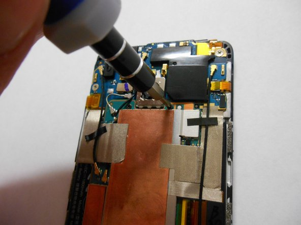 Image 2/3: Remove them carefully using a Philips screwdriver.