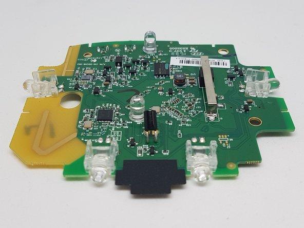 Image 2/3: [http://www.ti.com/lit/ds/symlink/cc2544.pdf|CC2544] SoC 2.4-GHz RF Transceiver and antenna