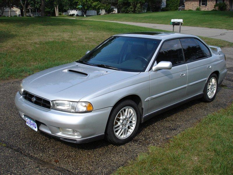 1998 subaru legacy tire size