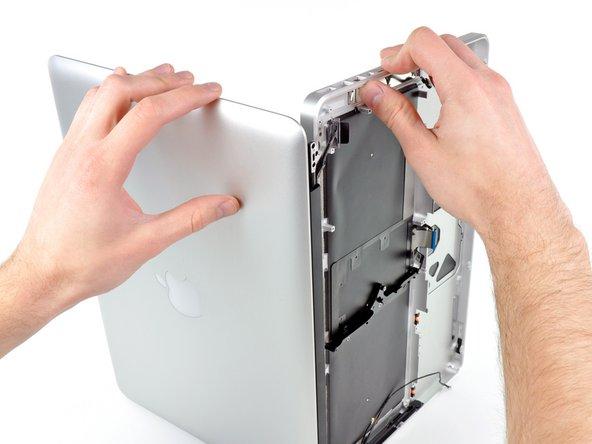 """MacBook Pro 13"""" Unibody Anfang 2011 oberes Gehäuse austauschen"""