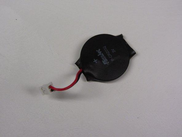 Sustitución de la batería del reloj de una PlayStation 2 Slimline SCPH-7500x