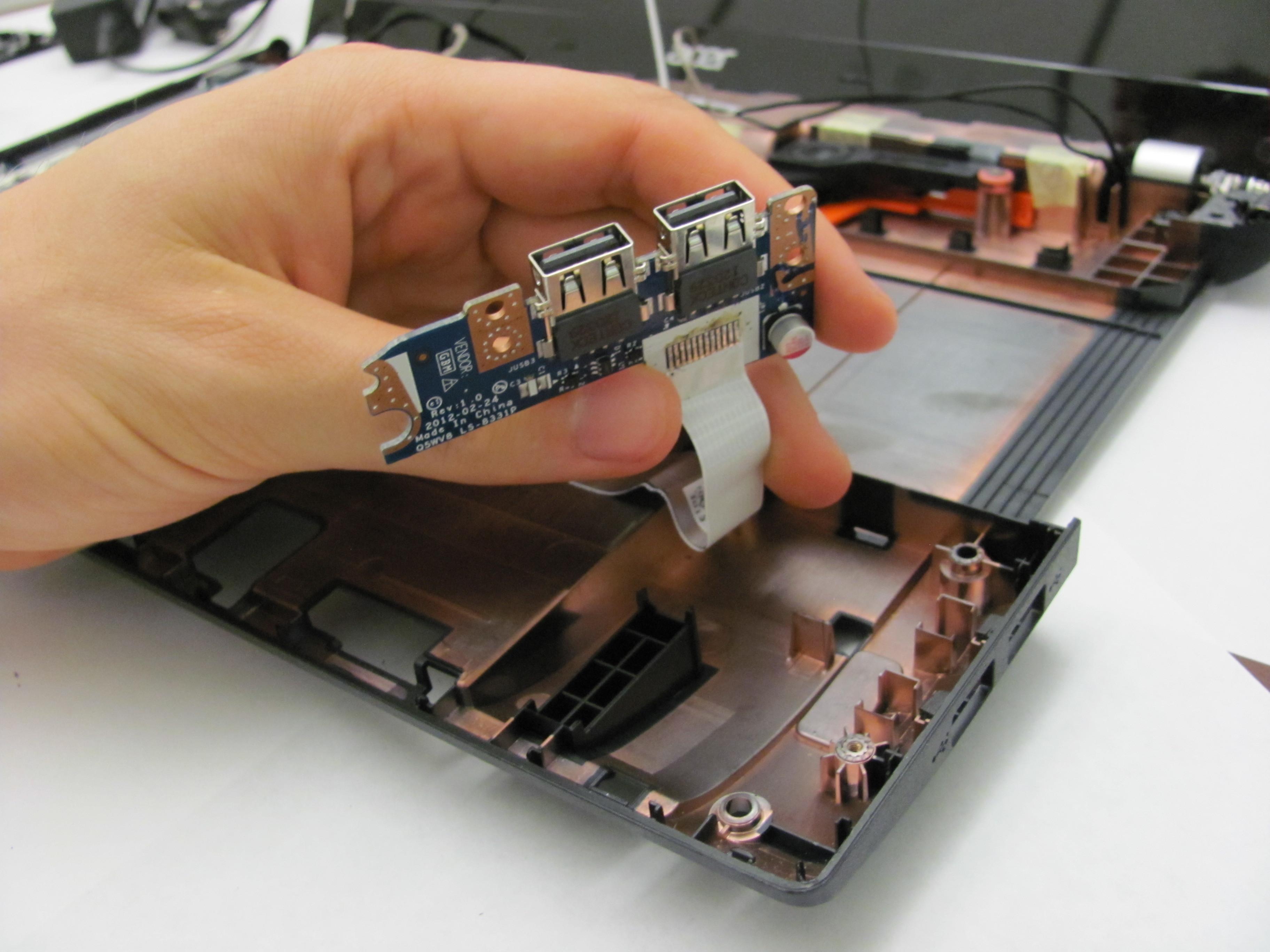 تعمیر یو اس بی لپ تاپ
