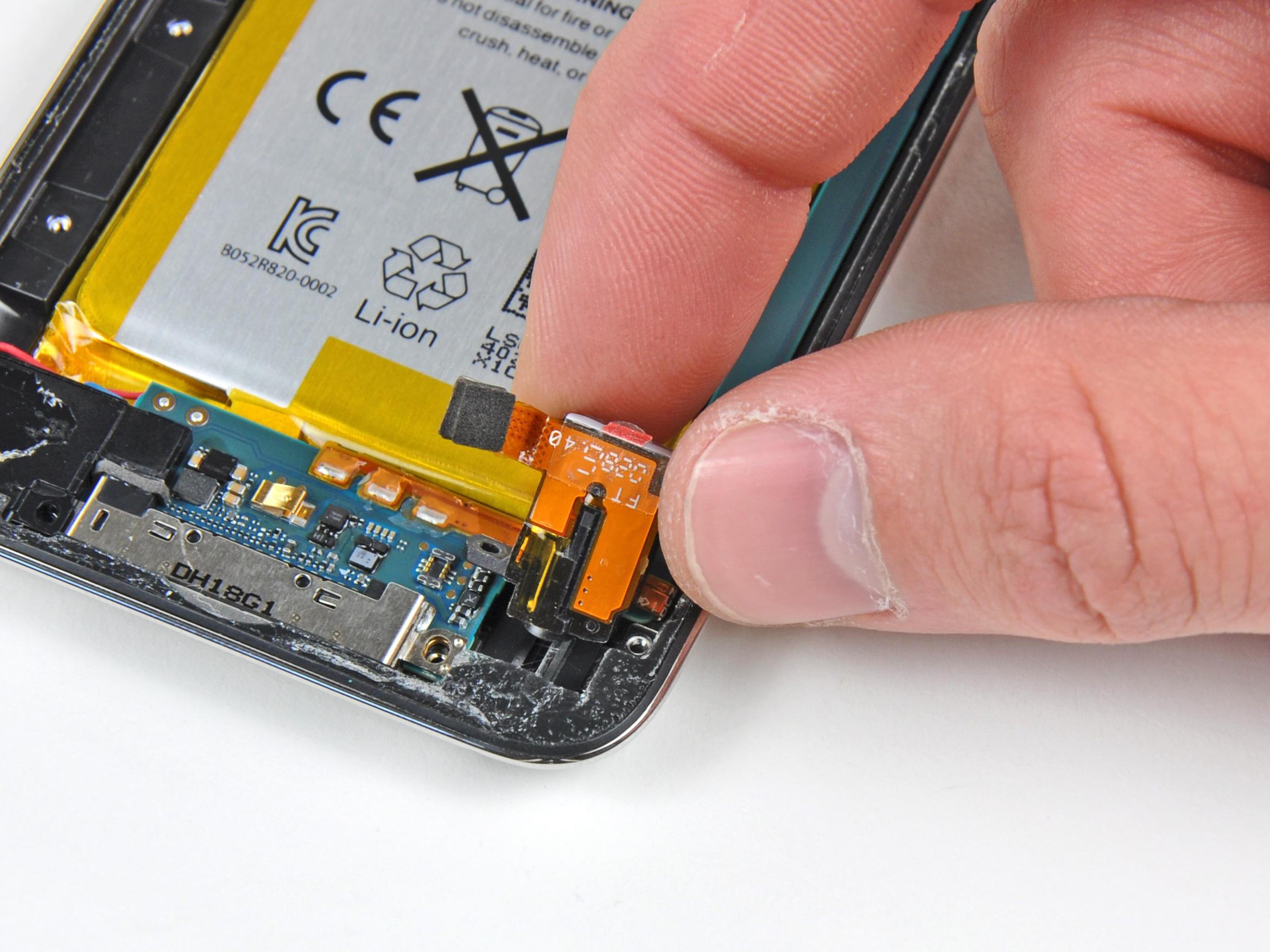 Ipod Touch 4th Generation Headphone Jack Replacement Ifixit Repair 5 Wiring Diagram Guide