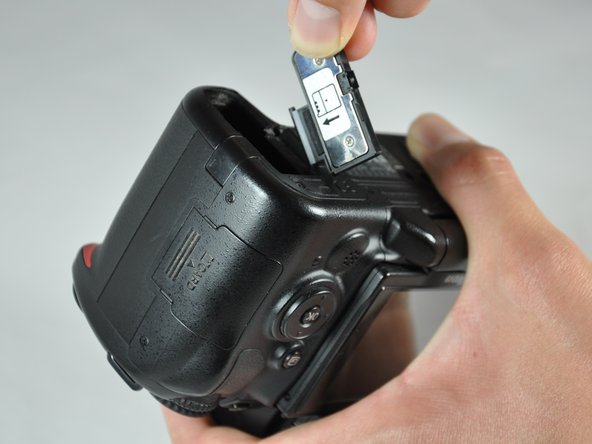 Nikon D5000 Battery Door Replacement