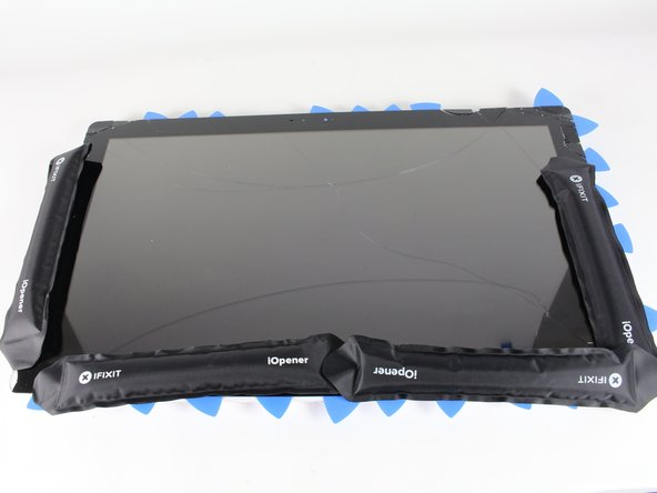 Image 1/1: Spread them out  around the device so the heat can evenly melt the adhesive on the screen.
