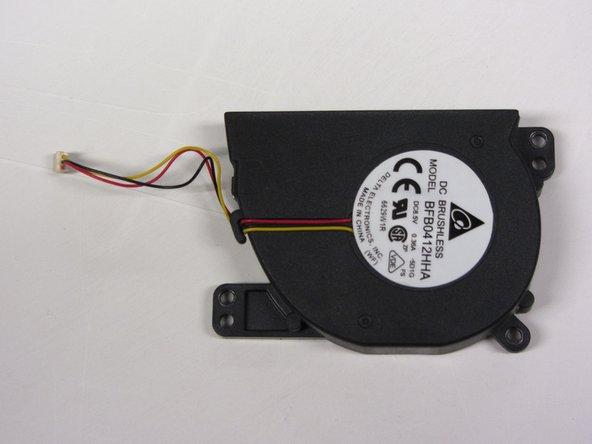Sustitución del ventilador de una PlayStation 2 Slimline SCPH-7500x