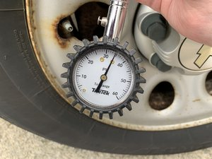 How to Check a Car's Tire Pressure