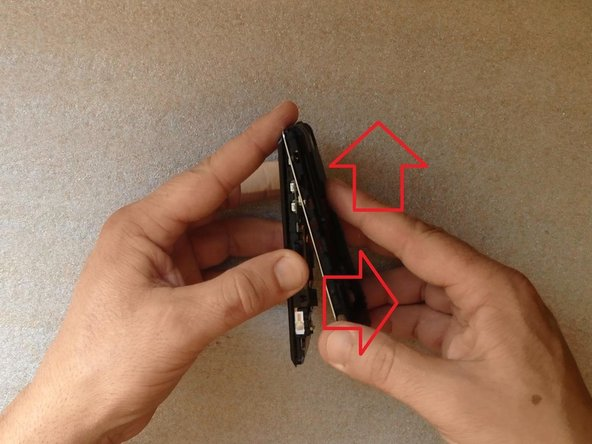 Image 1/3: With a plastic tool disconnect one by one: