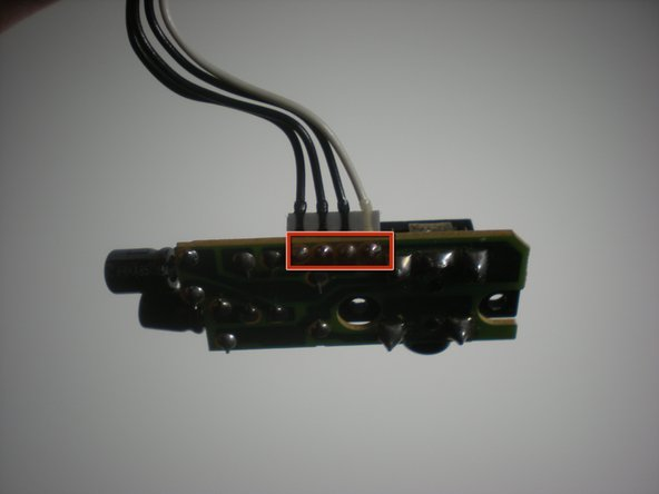 Image 3/3: The other connections are on the circuit that contains the headphone jack. The connections can be severed here also, and a new circuit with a headphone jack can be replaced.
