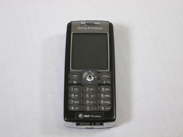 Disassembling Sony Ericsson QuickShare T630 Phone Enclosure
