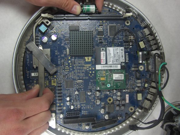 iMac G4 17 800 MHz EMC 1936 Logic Board Assembly Replacement