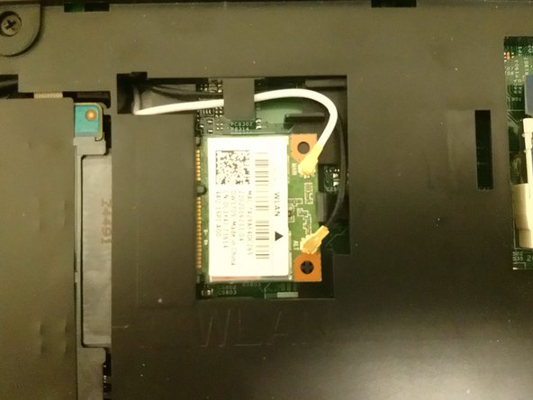 Dell Inspiron 17-5749 Wireless Card Replacement