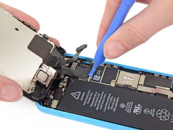 Image 1/3: The LCD and Digitizer connectors are on the same cable assembly, so prying the LCD connector up should disconnect both connectors. Double check that the two cables are fully disconnected before removing the display.