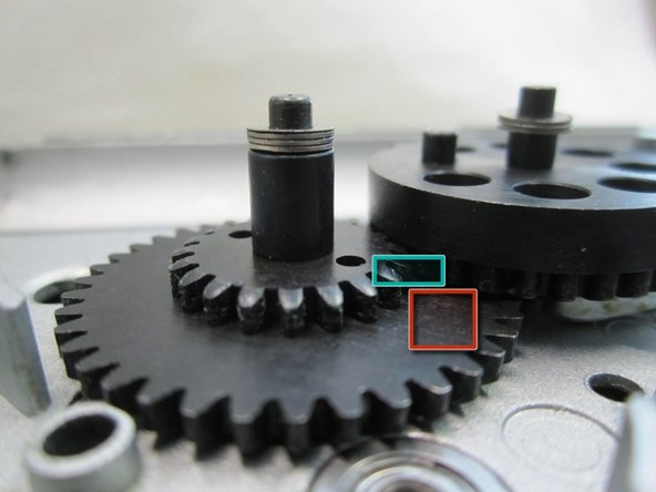 Make sure the teeth from both gears are making as much contact here as possible