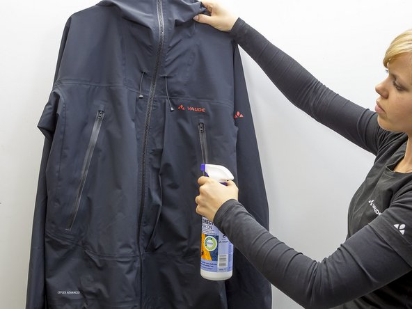 When your jacket is dry, you can do a water beading test to find out if you need to re-waterproof it. Water should pearl up into beads on the surface of the jacket. To waterproof, we recommend TX-Direct Spray from Nikwax. Spray the outside of the clothing evenly. This leaves the inside untreated to that it can absorb moisture and move it outward.