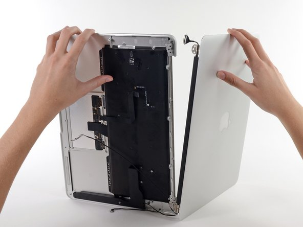 """MacBook Air 13"""" Mitte 2013 Displayeinheit austauschen"""