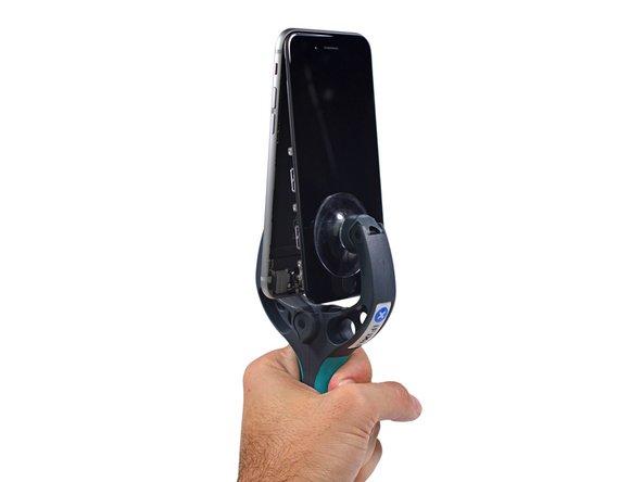 Gloria per iSclack. Aprire i telefoni in questo modo è una soddisfazione impagabile!